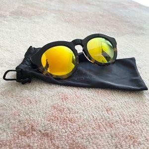 Diff Mirrored Sunglasses